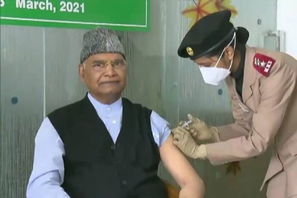 president-ram-nath-kovind-receives-first-dose-of-covid19-vaccine-at-rr-hospital