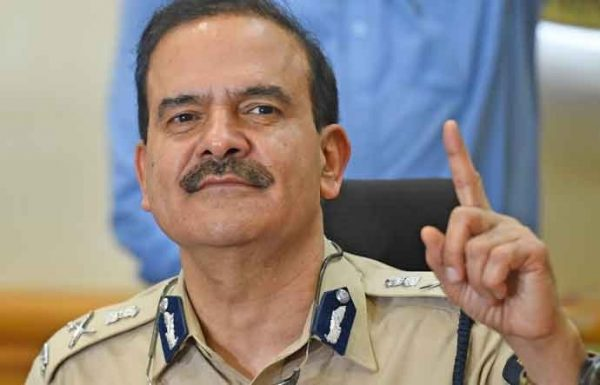 Former Mumbai CP takes charge as a DG of Home Guard in Mumbai Police-news-updates