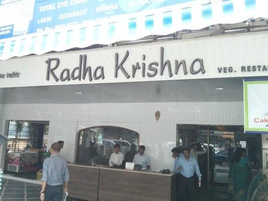 mumbai-coronavirus-radhakrushna-restaurant-reports-ten-positive-covid19-case