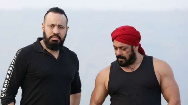 salman-khan-s-bodyguard-shera-treats-us-with-an-unseen-picture-of-bhai-from-his-upcoming-film-antim-the-final-truth