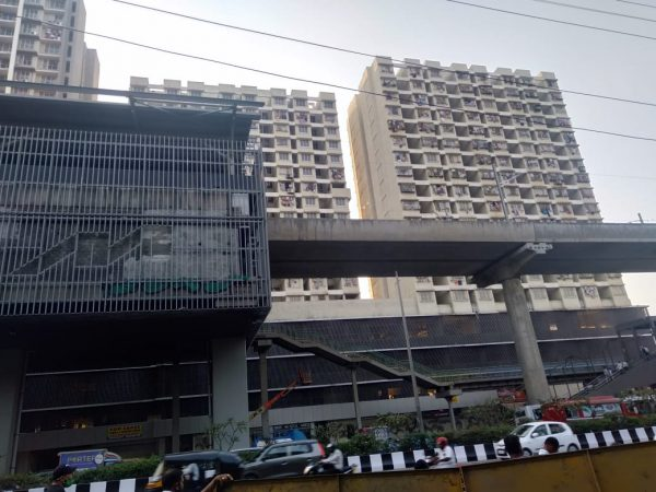 MLA Yogesh Kadam's sra scam- Aam Aadmi Party protest Shiv Sena
